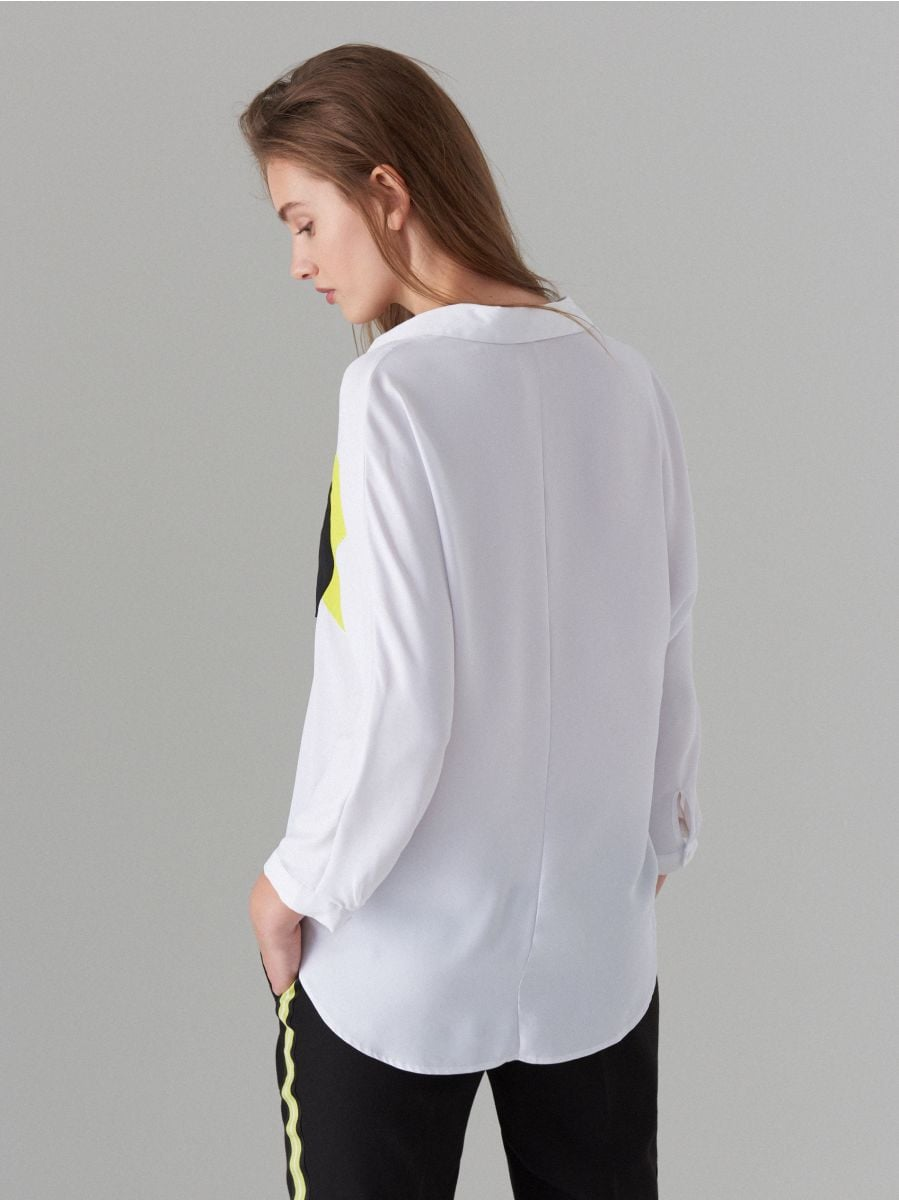 Košile sbarevnými bloky Fluo - bílá - WE185-00X - Mohito - 4