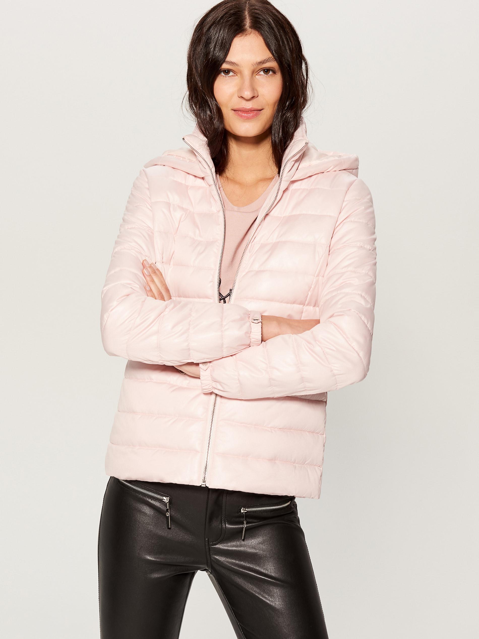 Prešívaná bunda s kapucňou - ružová - UN247-03X - Mohito - 1 be3df6fa8f2
