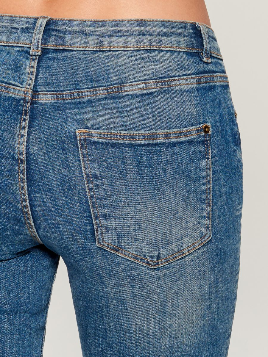 Džinsi regular skinny - tumši zils - UQ688-59J - Mohito - 4