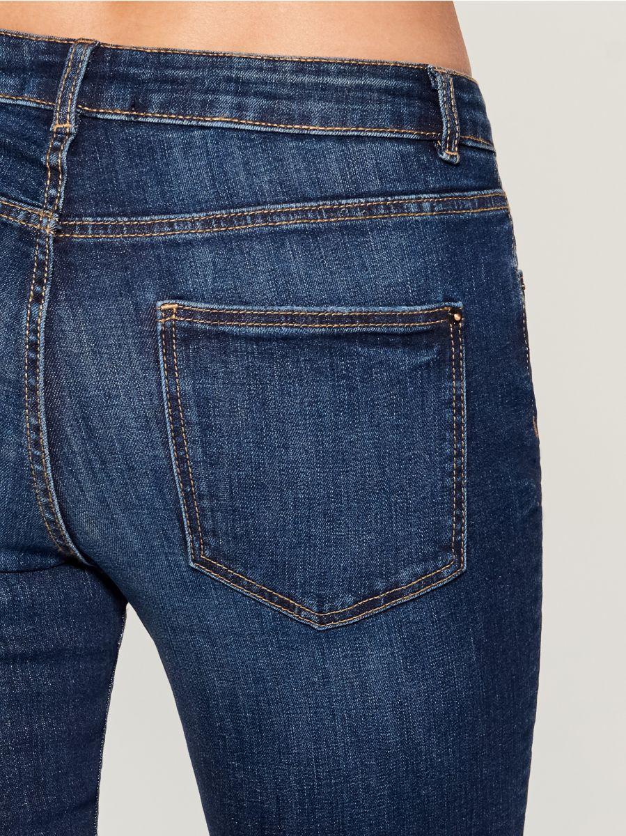 Džinsi regular skinny - tumši zils - UQ688-95J - Mohito - 5