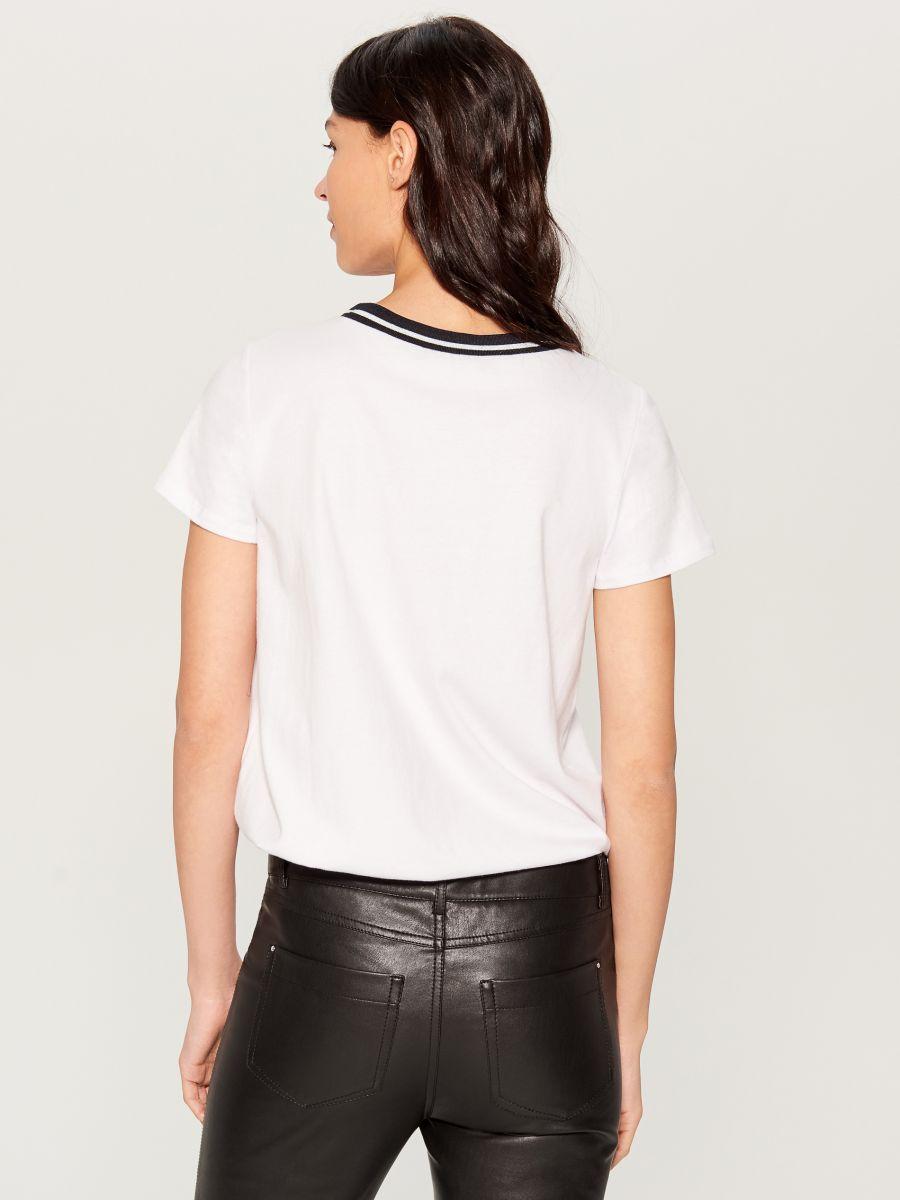 T-krekls ar dekoratīvu banti - ziloņkaula - VP272-01X - Mohito - 3