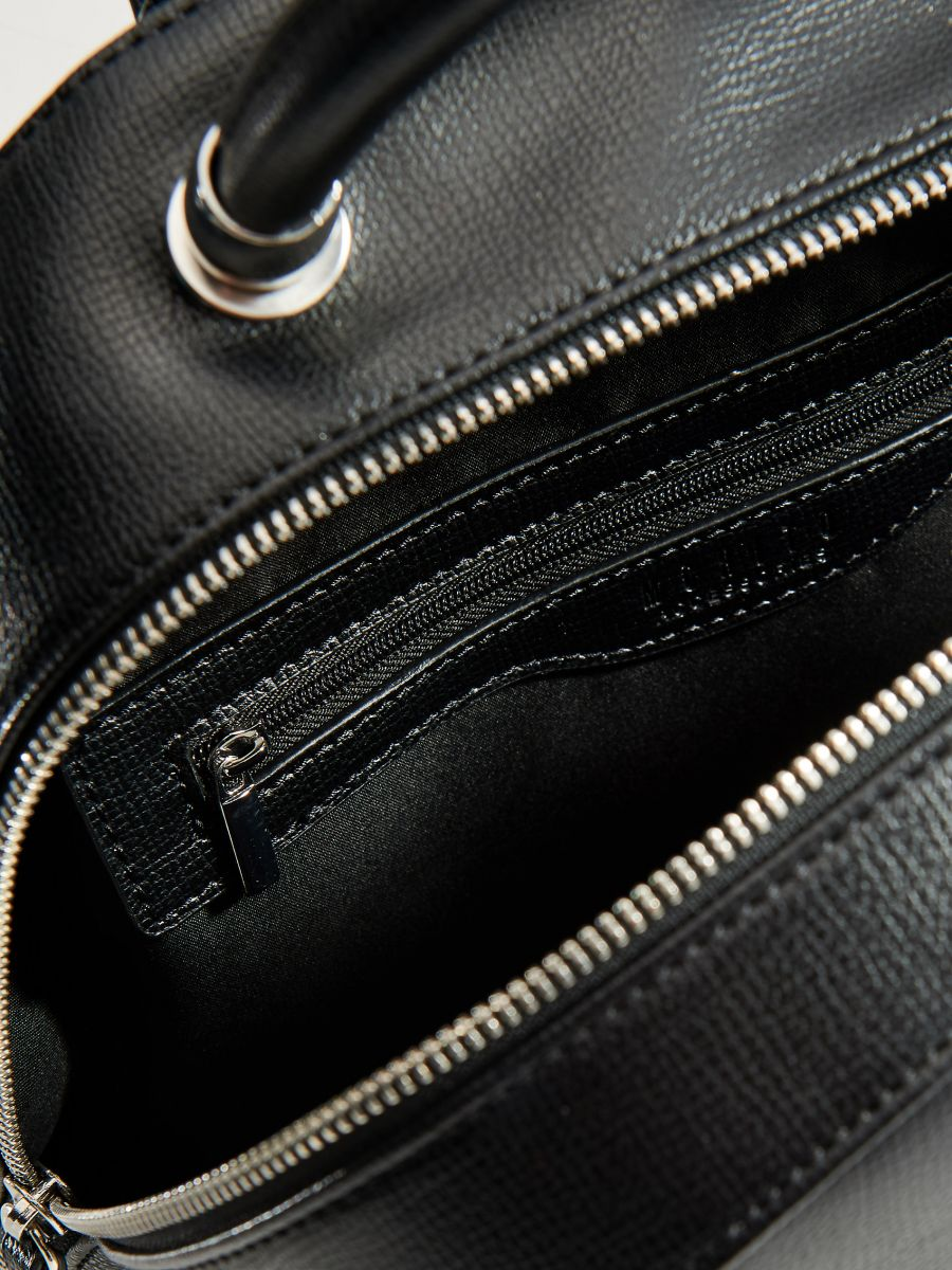 Eleganta mugursoma ar rokturi - melns - VP619-99X - Mohito - 3