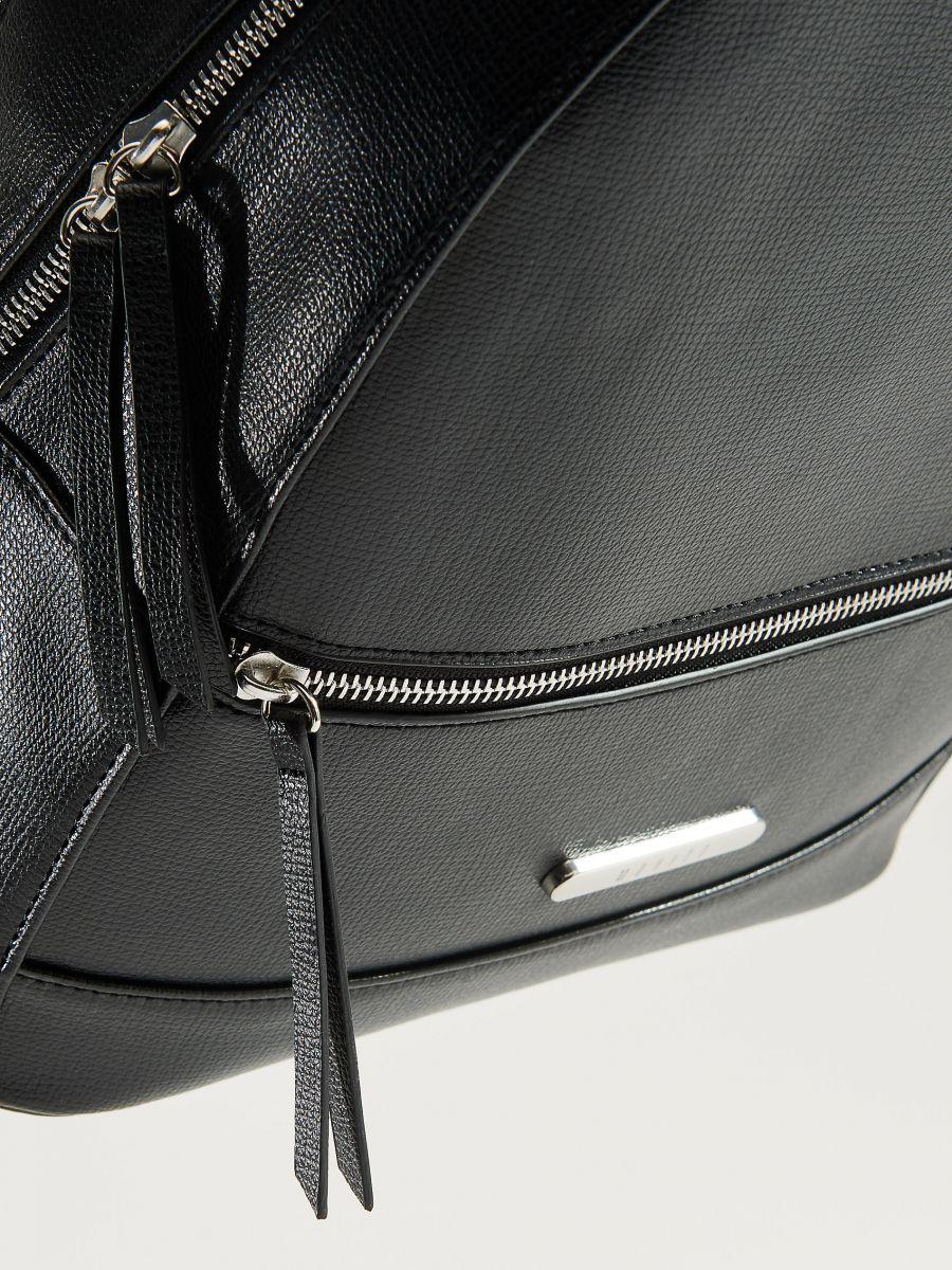 Eleganta mugursoma ar rokturi - melns - VP619-99X - Mohito - 5