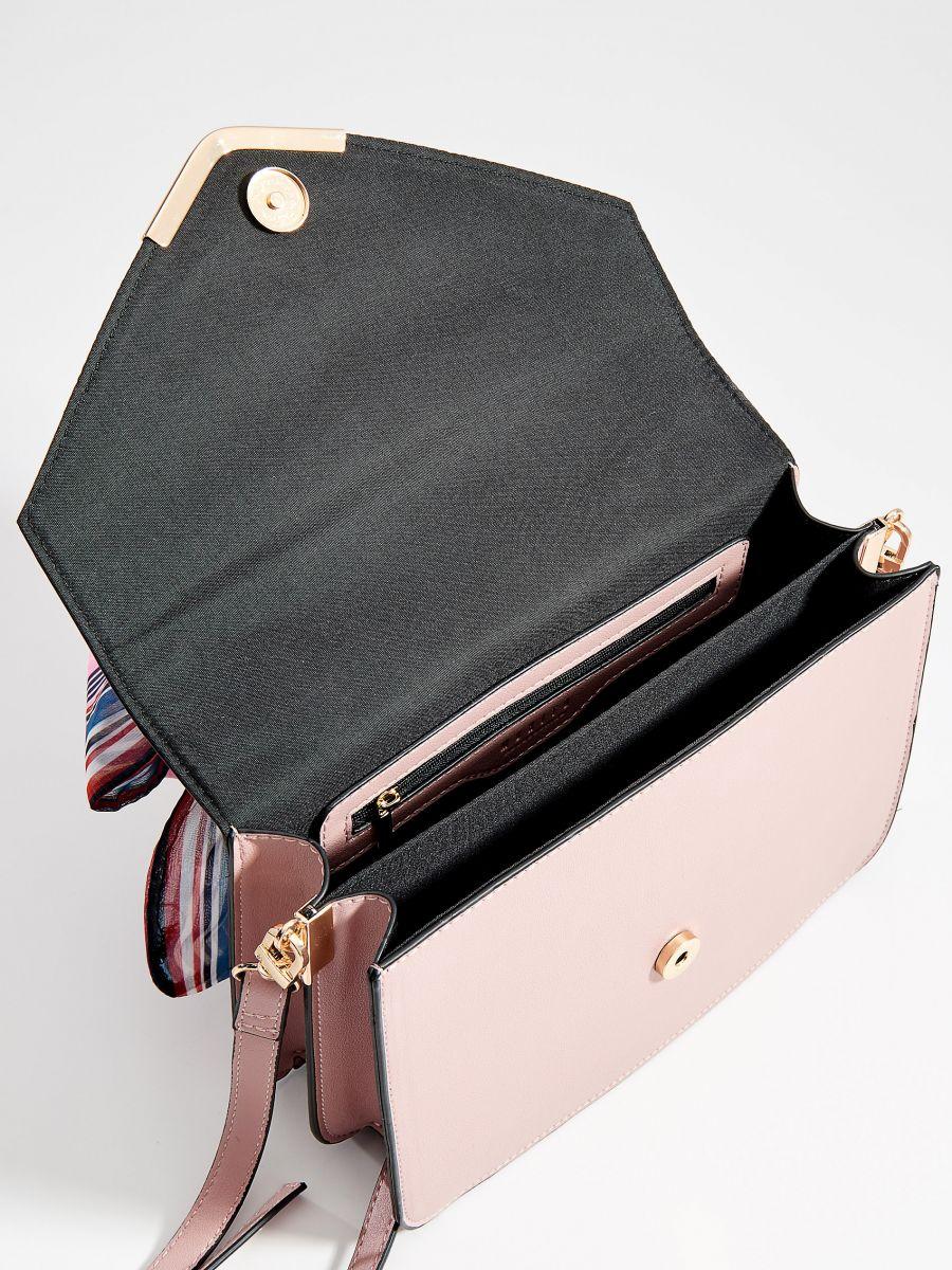 Torebka na ramię z apaszką - różowy - VR675-03X - Mohito - 5