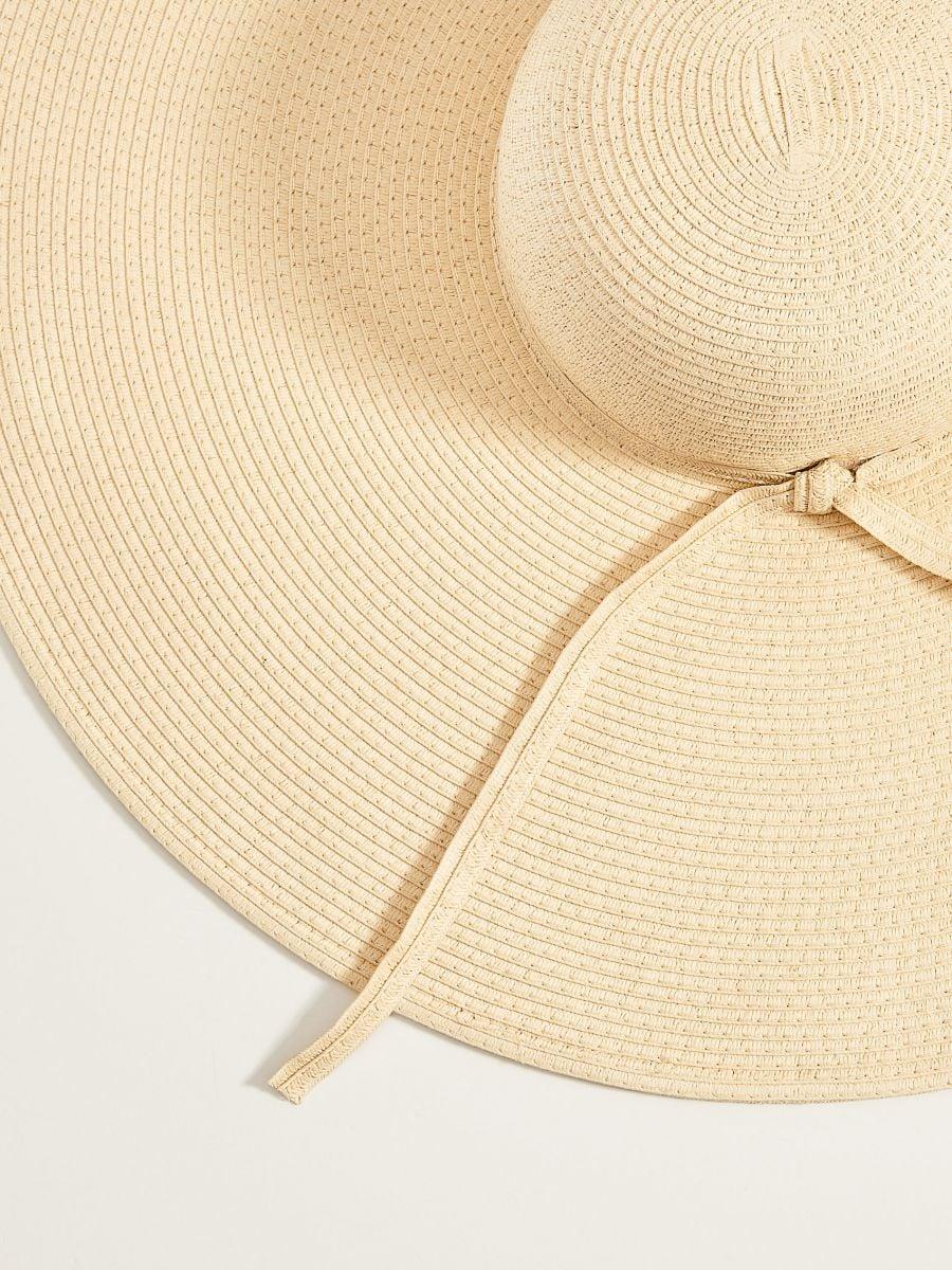 Słomkowy kapelusz z szerokim rondem - beżowy - VS882-12X - Mohito - 5