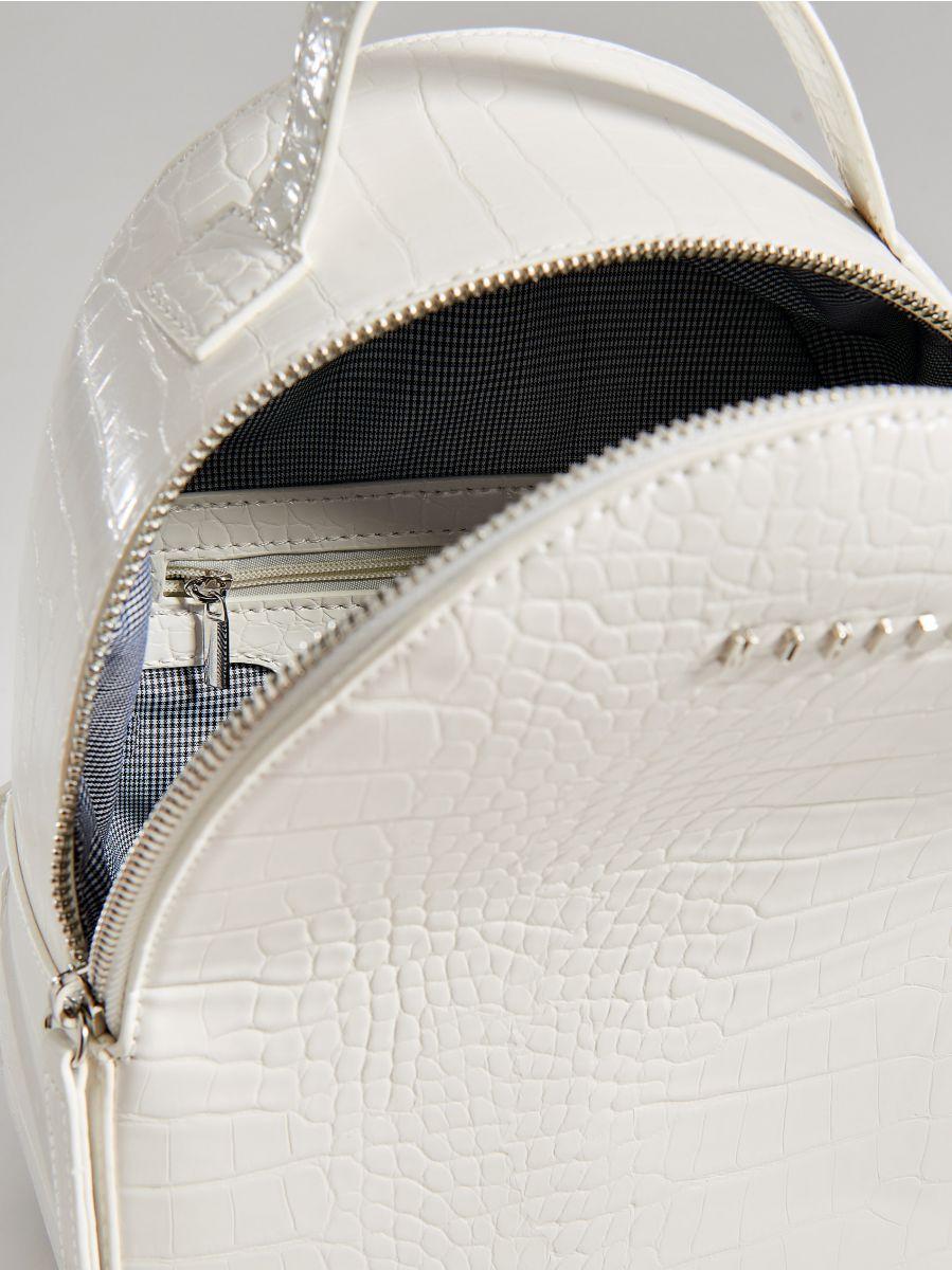 Mugursoma ar čūskādas apdruku  - balts - VV549-00X - Mohito - 4