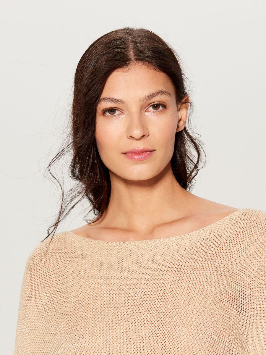 Džemperis ar trīsceturtdaļgaruma piedurknēm - bēšs - VZ809-01X - Mohito - 2