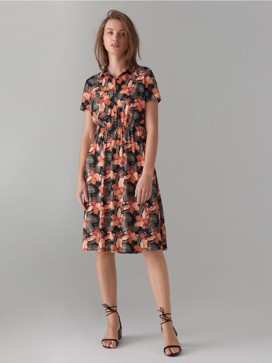 Kreklveida kleita ar ziedu rakstu - zaļš - WF485-87P - Mohito - 1