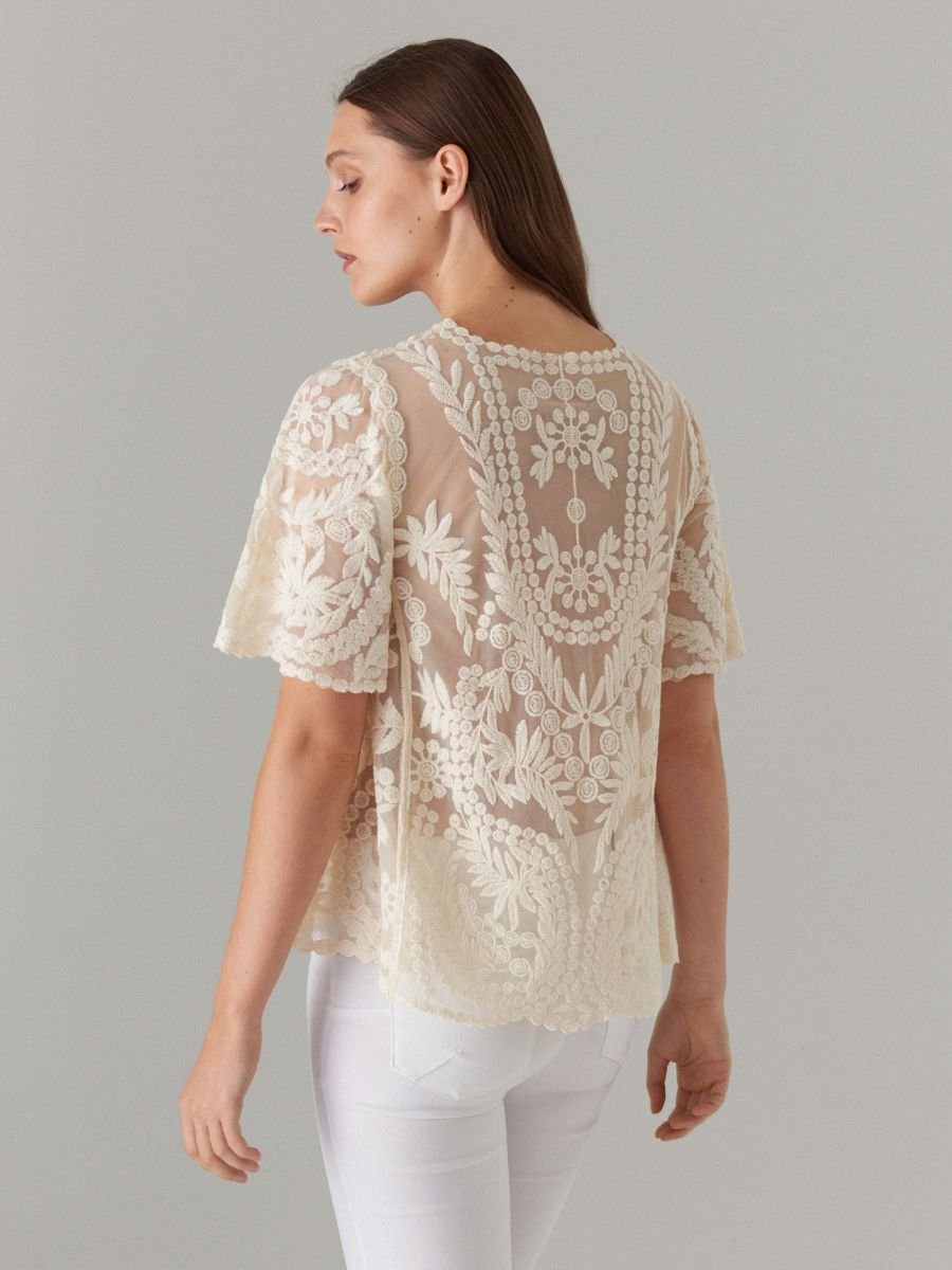34c73d73294388 Embroidered short sleeve blouse, MOHITO, WL152-00X