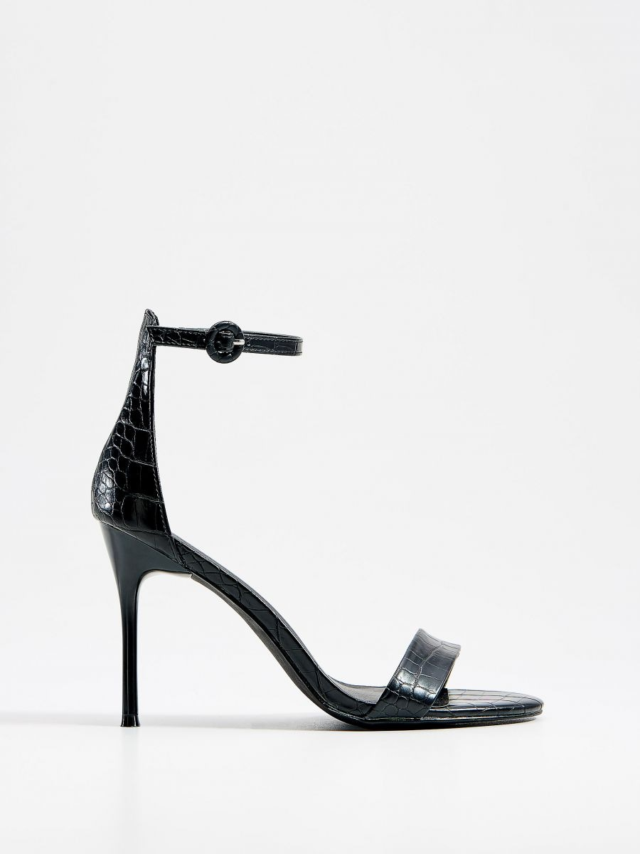 low priced 75826 6d807 Croc imitation sandals, MOHITO, XP822-99X