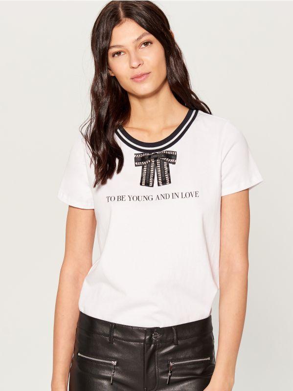 T-krekls ar dekoratīvu banti - ziloņkaula - VP272-01X - Mohito - 2