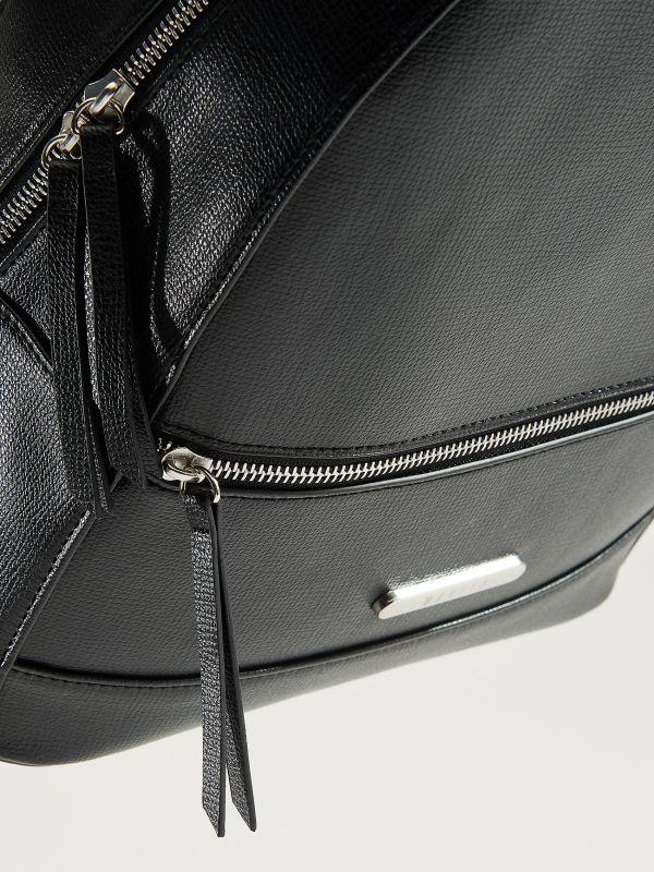 750ee4b6601 ... Elegantný ruksak s rúčkou - čierna - VP619-99X - Mohito - 5