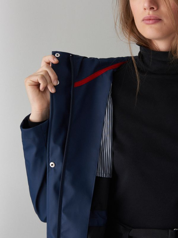 Plāna parkas tipa jaka ar kapuci - zils - VR648-95X - Mohito - 3