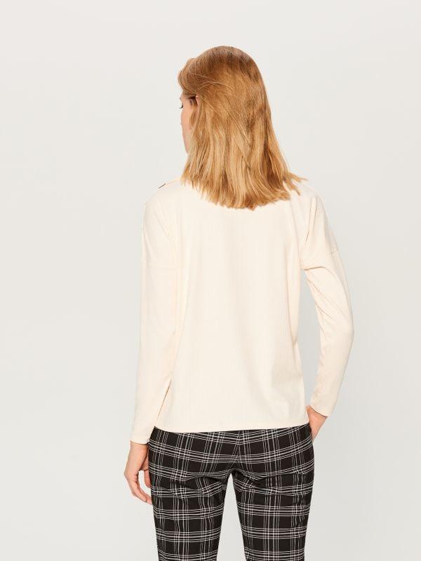 Tekstūras adījuma džemperis ar augstu apkakli - ziloņkaula - VZ884-02X - Mohito - 5