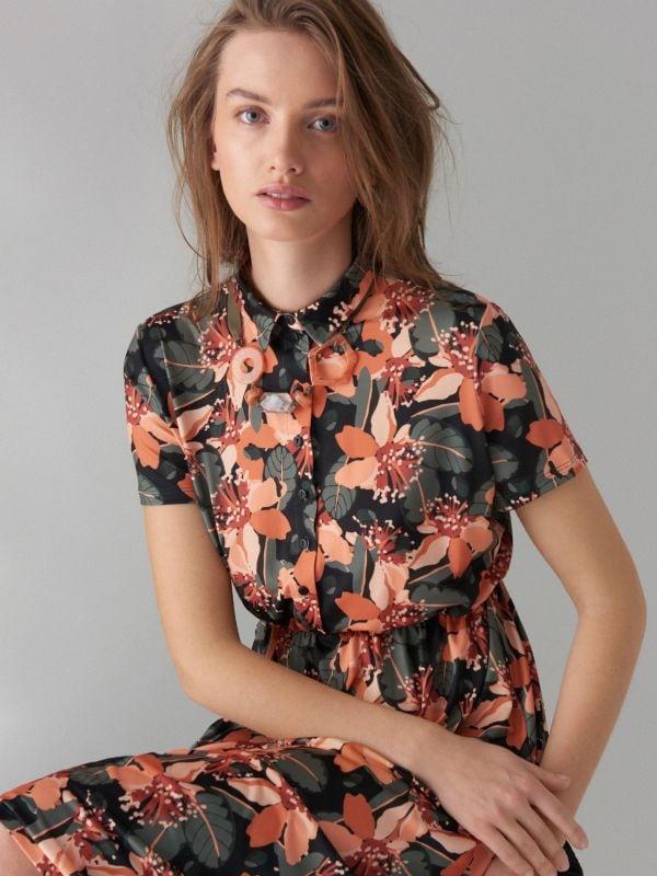 Kreklveida kleita ar ziedu rakstu - zaļš - WF485-87P - Mohito - 2