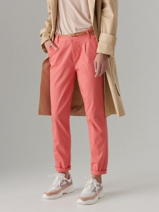 Fit chino trousers with belt