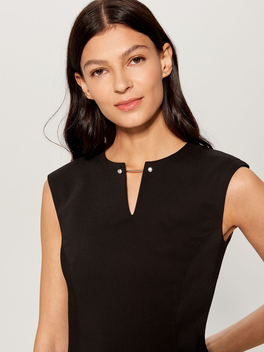 Midi dress with jewellery detail - black - UP296-99X - Mohito - 3