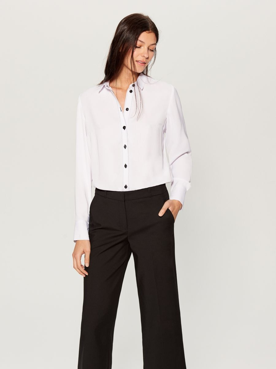 Shirt with contrasting buttons - white - VB664-00X - Mohito - 3