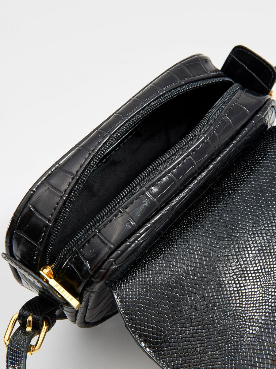 Faux leather mini bag with embossed snake print - black - VD484-99X - Mohito - 4