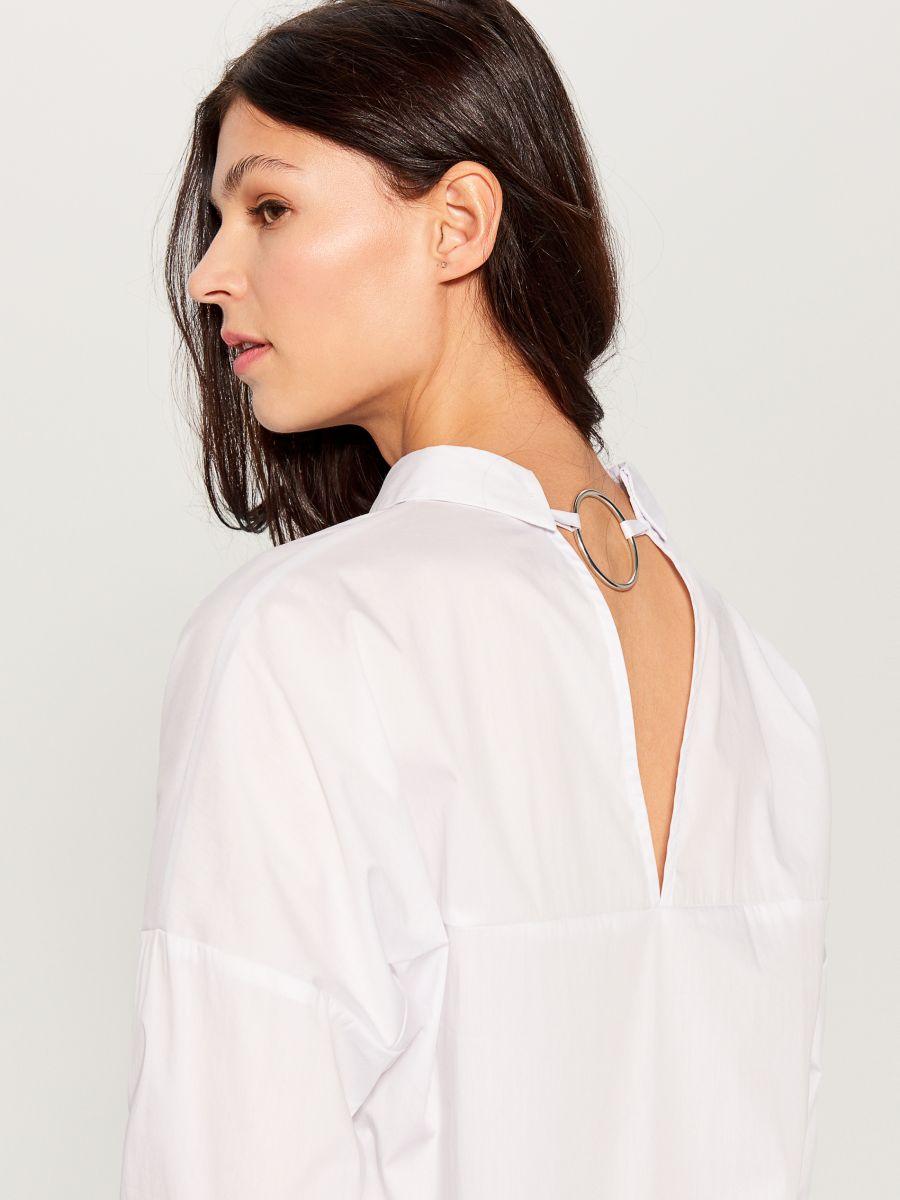 Oversized shirt with V back - white - VN055-00X - Mohito - 1
