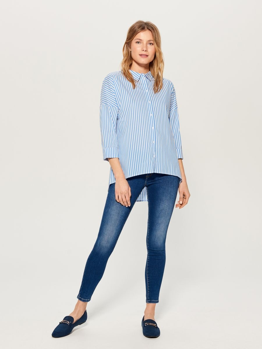 Oversized shirt with V back - blue - VN055-05P - Mohito - 1
