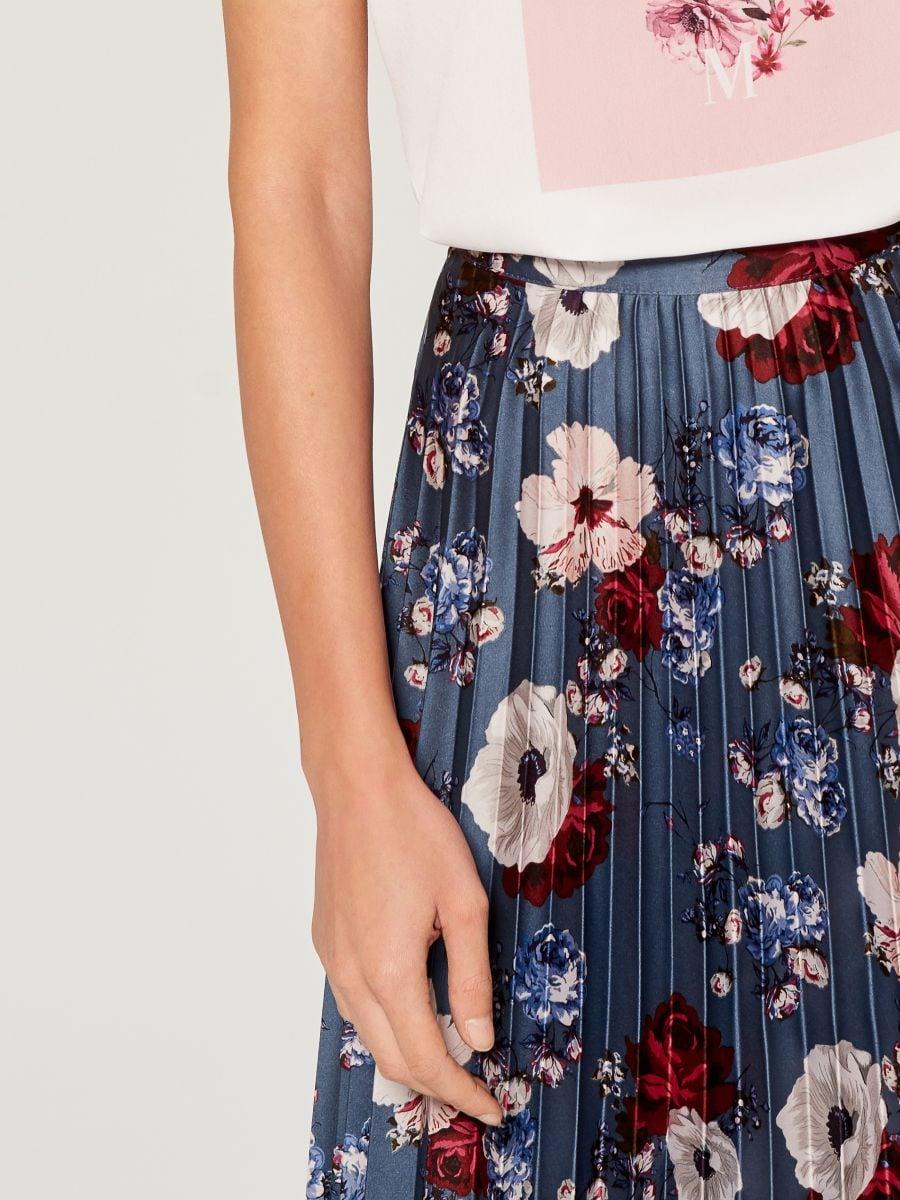 Pleated midi skirt - multicolor - VQ269-MLC - Mohito - 2