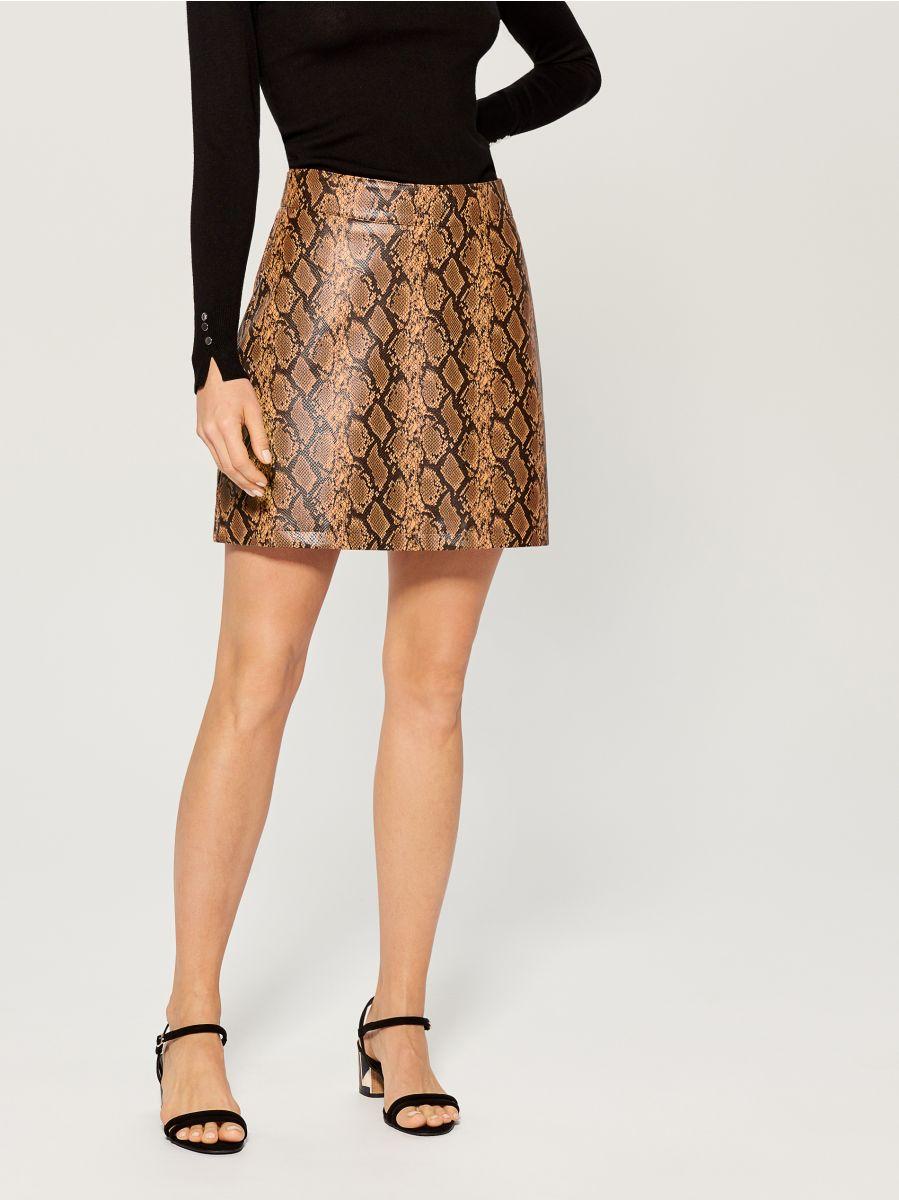 Snake print skirt  - multicolor - VY279-MLC - Mohito - 2
