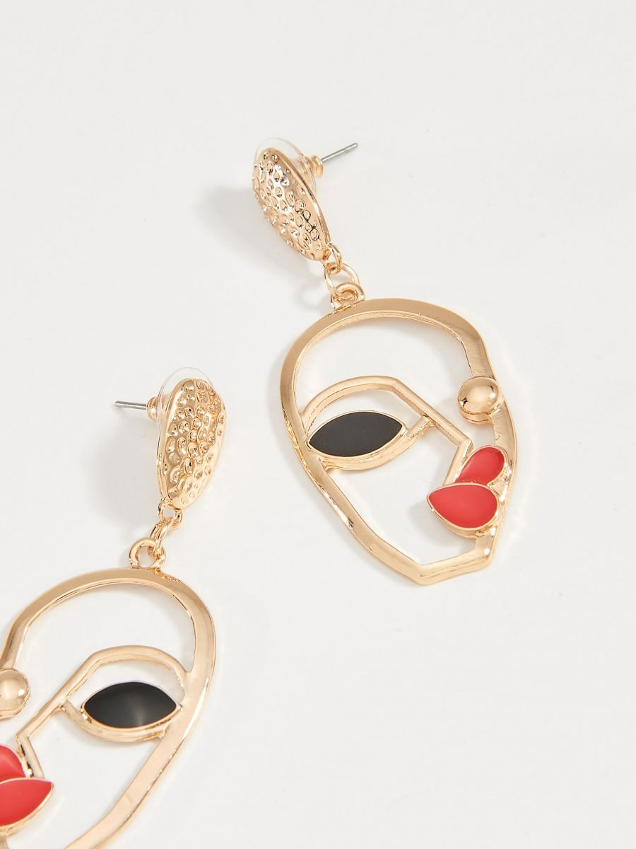 Earrings with face motif - golden - VY762-GLD - Mohito - 2