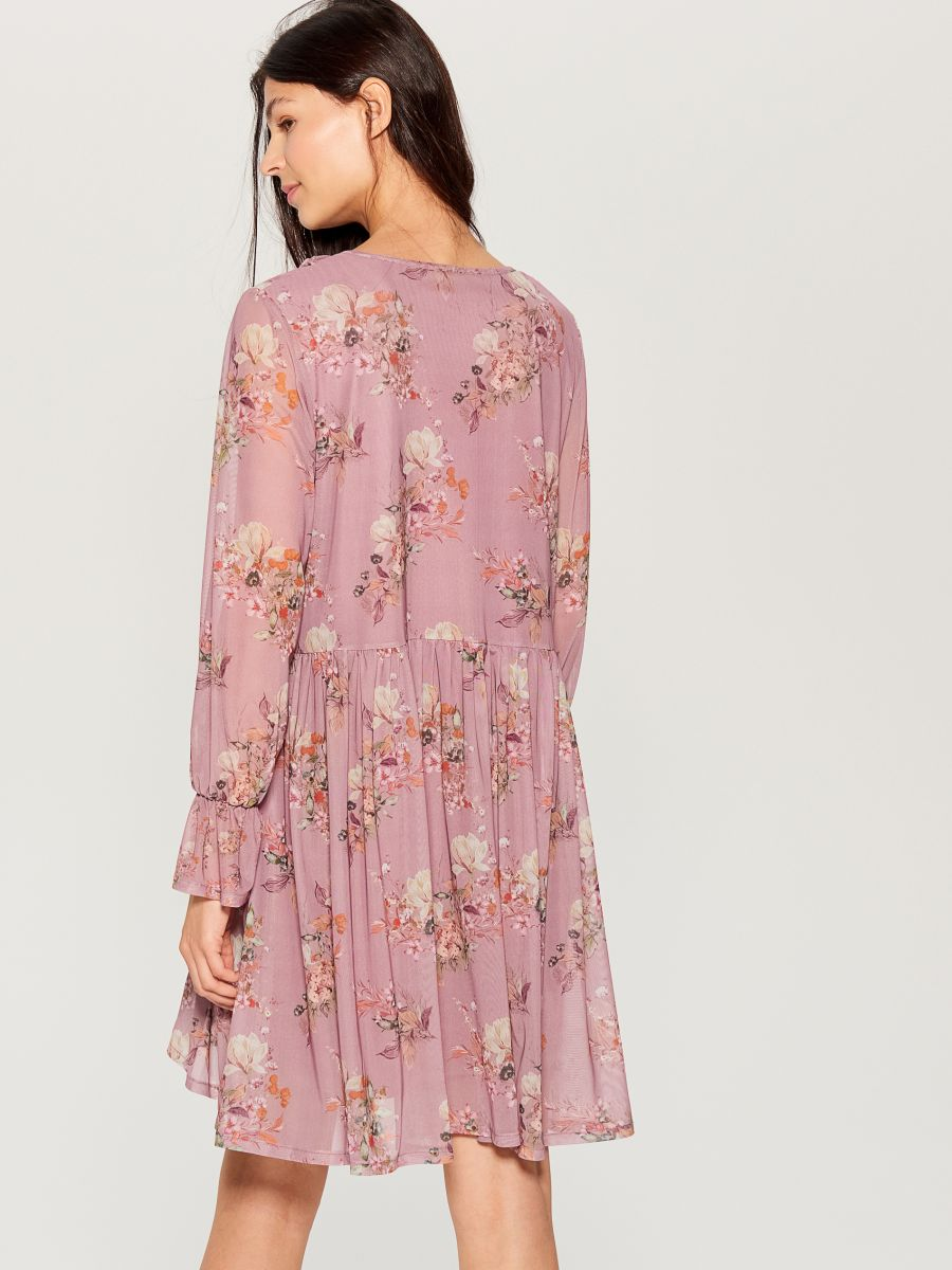 Oversized dress with ruffle trim  - pink - VZ582-39P - Mohito - 5