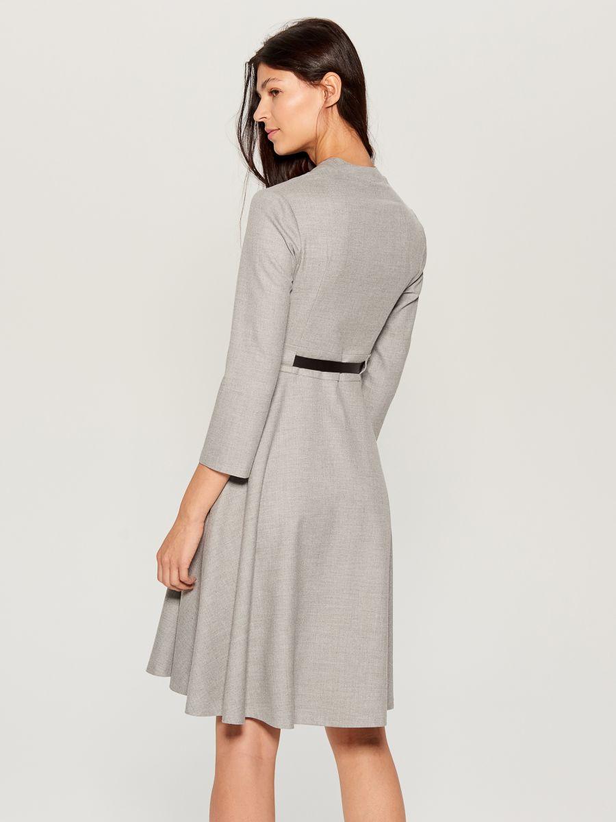 Dress with belt - light grey - VZ974-09X - Mohito - 5