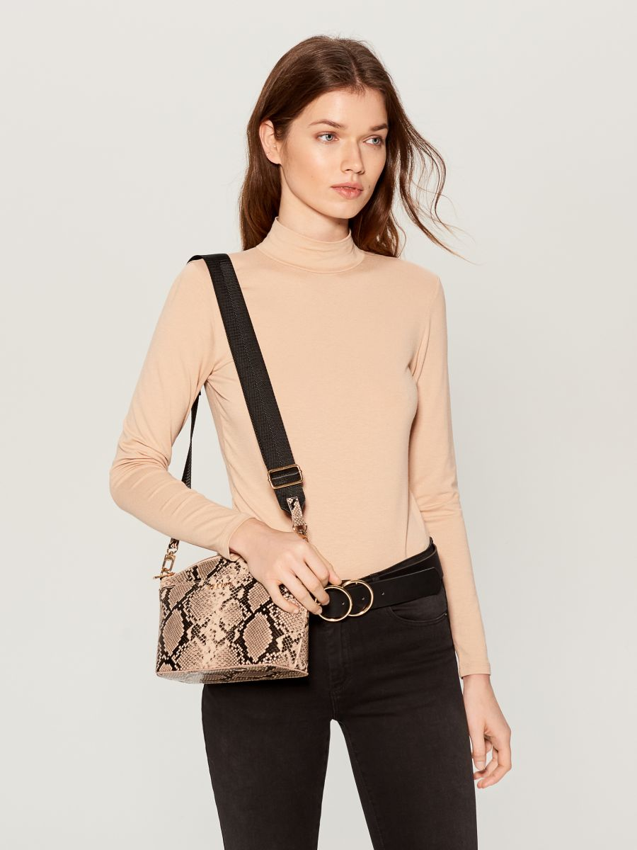 Fitted turtleneck top  - ivory - WB208-02X - Mohito - 1