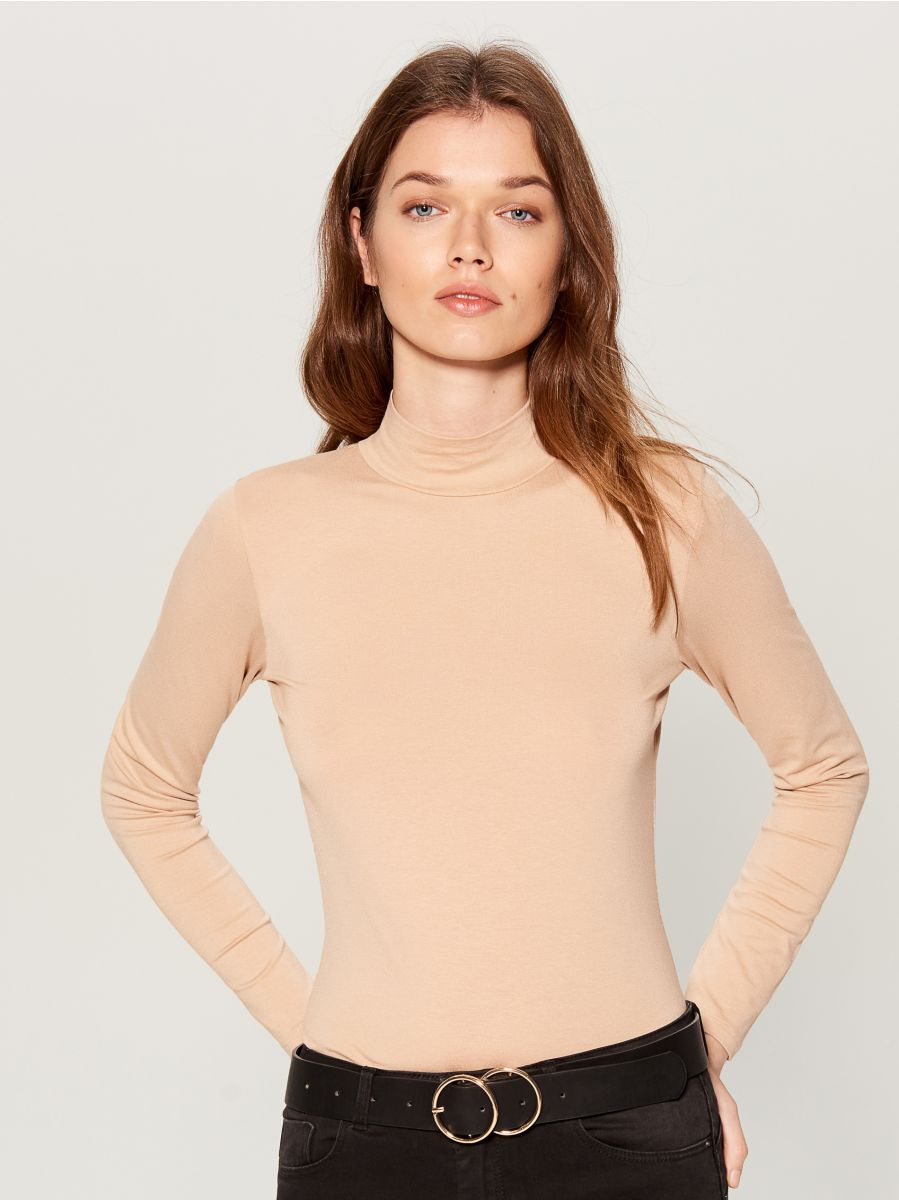 Fitted turtleneck top  - ivory - WB208-02X - Mohito - 3