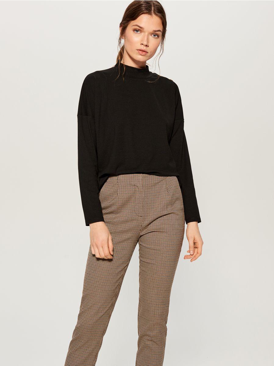 Checked cigarette trousers - beige - WP109-08P - Mohito - 2