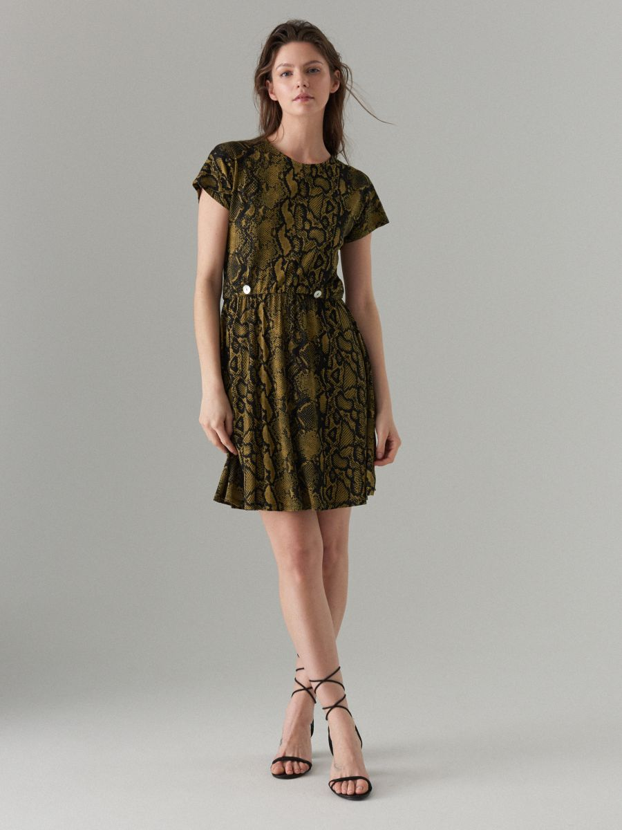 Dress with short sleeves - green - WS204-87P - Mohito - 1