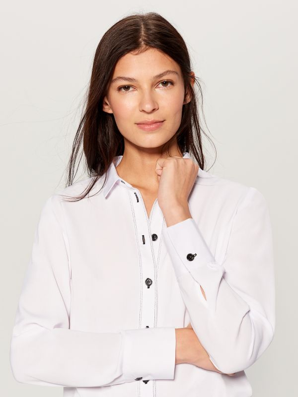 Shirt with contrasting buttons - white - VB664-00X - Mohito - 2