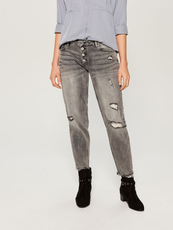 Worn boyfriend jeans - light grey - VC494-09J - Mohito - 1