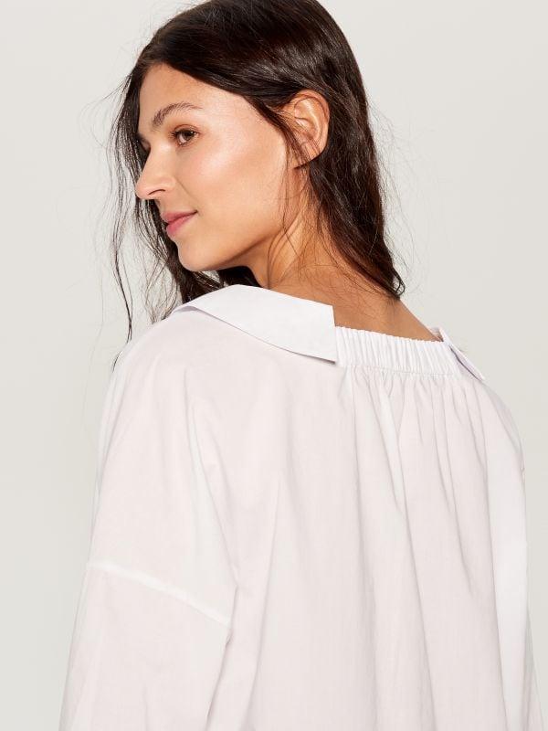 Oversized wide collar shirt - white - VL785-00X - Mohito - 4