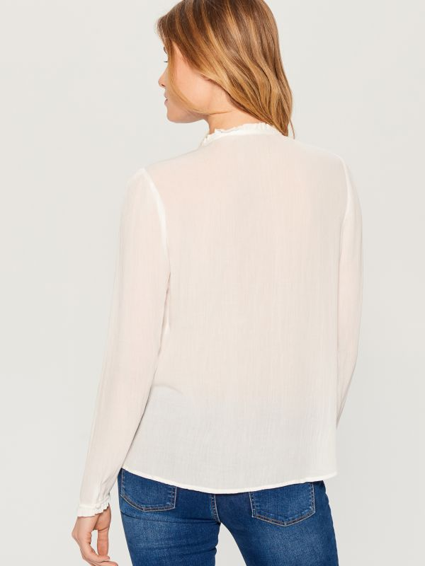 Ruffle neck blouse - ivory - VN124-01X - Mohito - 4