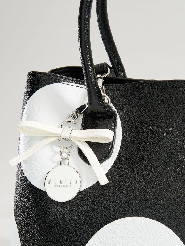 Shopper bag with keyring - black - VP617-99X - Mohito - 4