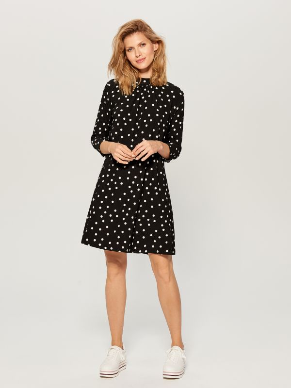 Dress with V back - black - VS323-99P - Mohito - 1