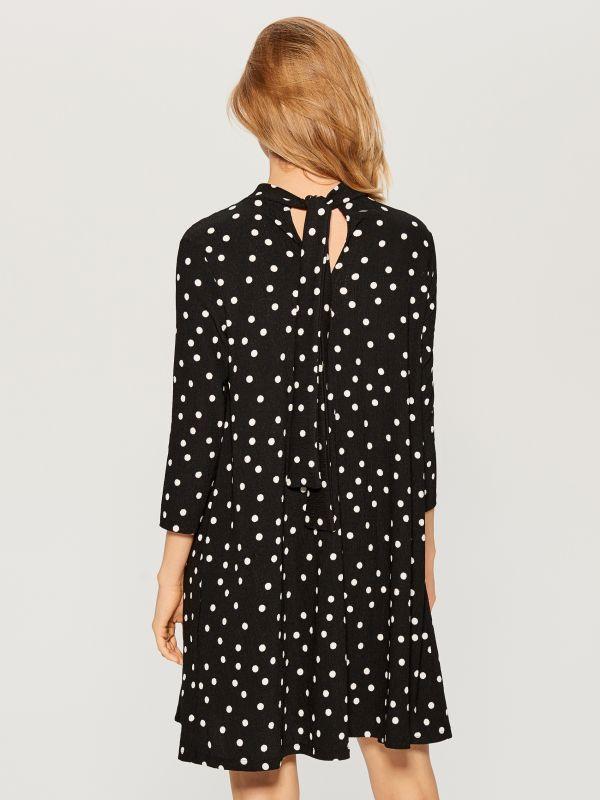 Dress with V back - black - VS323-99P - Mohito - 4