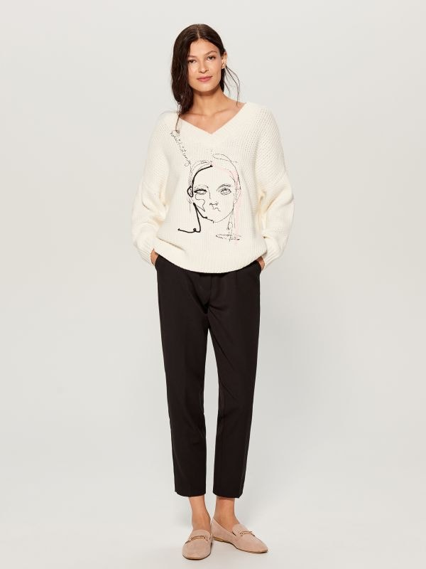 Oversized jumper with embroidery  - ivory - VS399-01X - Mohito - 1