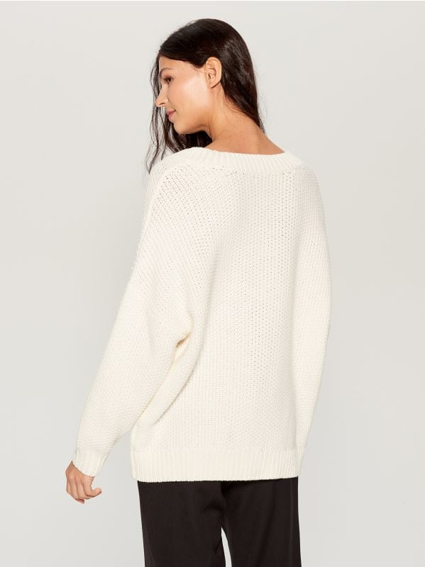 Oversized jumper with embroidery  - ivory - VS399-01X - Mohito - 5