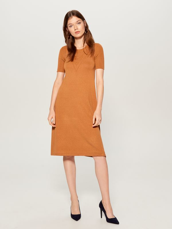 Dress with short sleeves - brown - VU726-82X - Mohito - 1