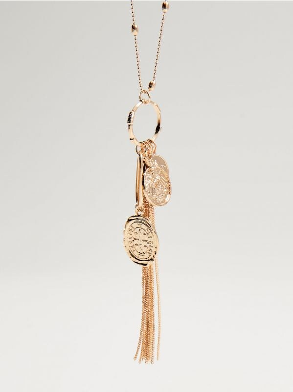 Long necklace with charms - golden - VY756-GLD - Mohito - 2