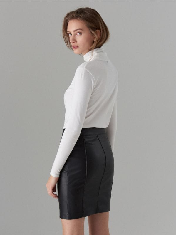Faux leather pencil skirt - black - WG861-99X - Mohito - 4