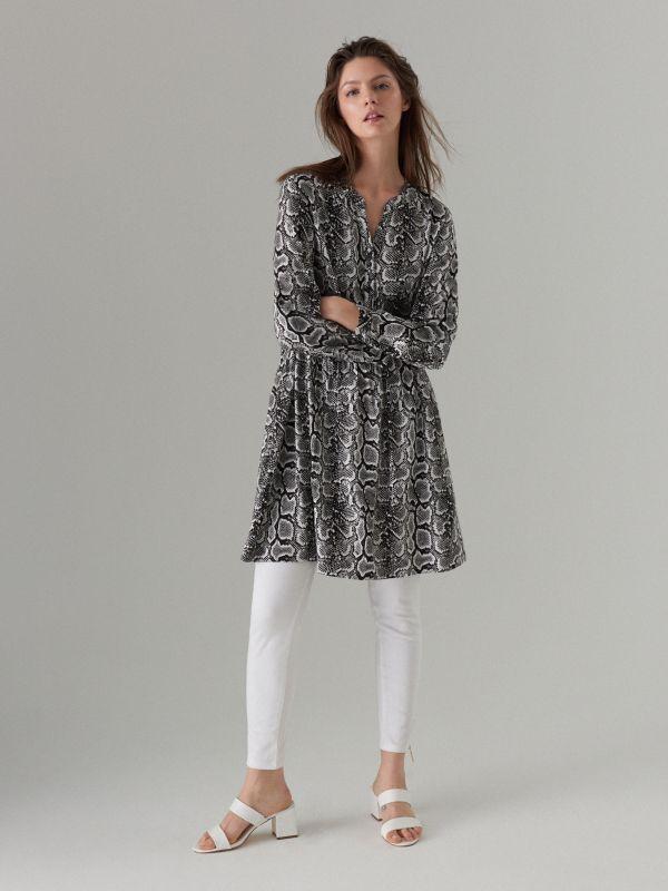 Snake print dress - white - WQ631-00P - Mohito - 2