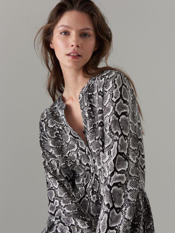 Snake print dress - white - WQ631-00P - Mohito - 3