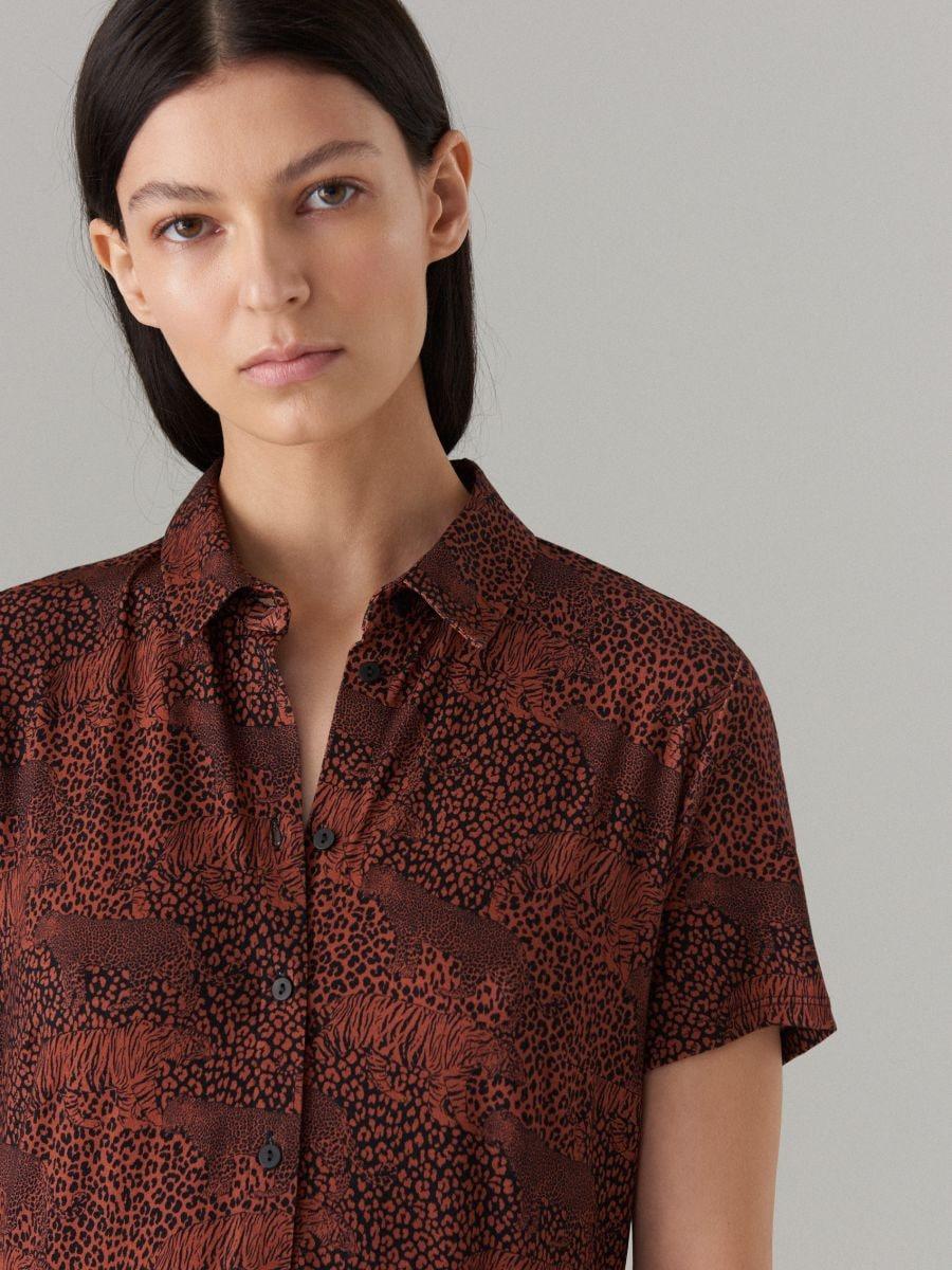 Платье-рубашка с анималистическим принтом - Коричневый - WF486-88P - Mohito - 2